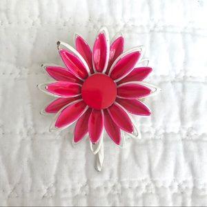 Vtg Pink & White Daisy Brooch